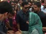 Video: Mehbooba Mufti Visits Kheer Bhawani Mela, Meets Kashmiri Pandits