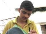 Video: डॉक्टर बनेगा दिहाड़ी मज़दूर का बेटा, एम्स में मिला दाख़िला