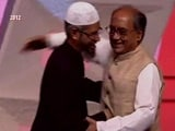Video : Video With Cleric Zakir Naik Brings New Controversy For Digvijaya Singh