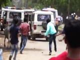 Video : प्राइम टाइम इंट्रो : गुजरात में दलित उत्पीड़न के खिलाफ उठी आवाज...