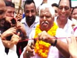 Video: इंडिया 9 बजे : नेता को फीता काटना पसंद है!