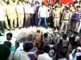 Video : 3 Get Stuck In 20-Feet Manhole In Hyderabad, 1 Offers Help, All Die