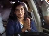 Video : साक्षी मलिक भारत लौटीं, जोरदार स्वागत