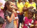 Video: दिल्ली : जन्माष्टमी के मौके पर आइसक्रीम का भंडारा
