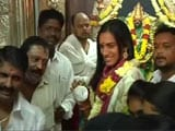 Video : PV Sindhu Offers Prayers at Mahankali Temple After Rio Success