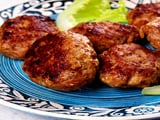 Video : Shikampur Kebab with Parantha