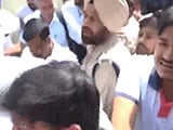 Video : At Delhi Station, And Then Ludhiana, Arvind Kejriwal Encounters Protests
