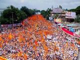 Video : पुणे में मराठा समाज के मूक मोर्चे में जुटे लाखों लोग