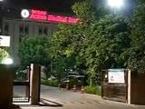 Video : दिल्ली- नांगलोई के स्कूल में मुकेश नाम के टीचर की हत्या