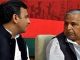 Akhilesh, Mulayam Yadav Shout At Each Other At Party Meet