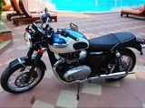 New Triumph Bonneville T100, Fiat Avventura Urban Cross And Renault Kwid AMT