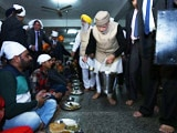 Video: PM Narendra Modi Visits Golden Temple, Serves Langar
