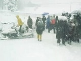 Video : Cold Wave Whitewashes Kashmir, Himachal With Welcome Snowfall