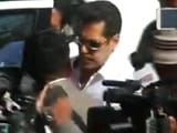 Video : Salman Khan Given 'Benefit Of Doubt', Freed In '98 Arms Act Case