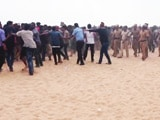 Video : Jallikattu Protestors Push Back, Defy Police Orders To Leave Chennai Beach