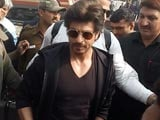 Video : Shah Rukh Khan Pained At Death In Fan Frenzy, Railways Investigates
