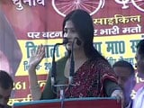 Video : Mere Angane Mein: Dimple Yadav Takes On PM Modi With Lawaaris Line