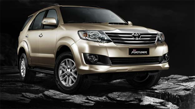 Toyota launches Fortuner automatic at Rs 22.33 lakh