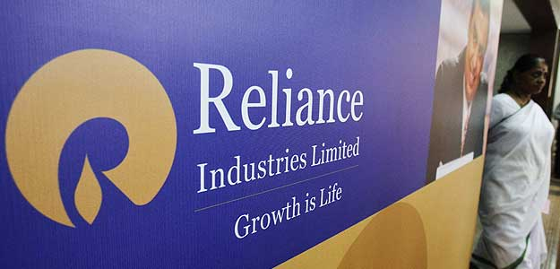 RIL shares hit 52-week high on strong Q3 earnings