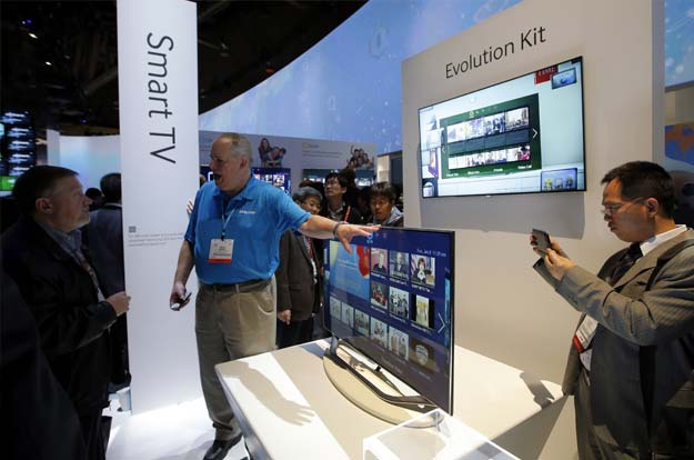 Smart TVs get smarter, by just a little bit