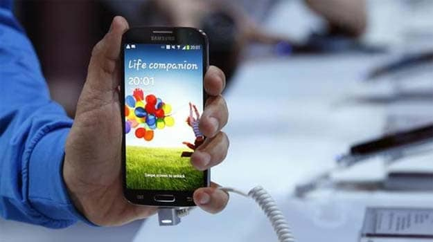 From 'disappointing' to 'great flagship device', Samsung Galaxy S4 gets mixed reviews