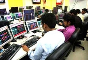 शेयर बाजार में पांच साल की सबसे बड़ी गिरावट दर्ज