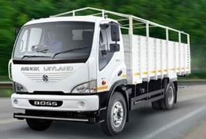 Ashok Leyland Plans to List Financing Arm: Report