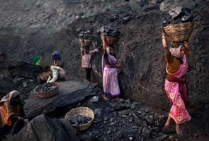 Coal India may miss output target for FY14 by 12 million tonnes