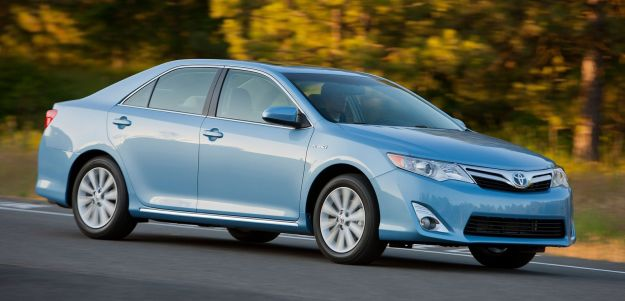 Review: Toyota Camry Hybrid