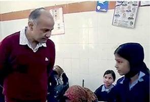 अभिभावकों को मिले शिक्षकों को निलंबित करने का अधिकार : सिसौदिया