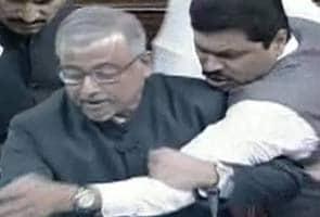 अब राज्यसभा में कल पेश होगा तेलंगाना बिल, सरकार की संशोधनों पर जोर न देने की बीजेपी से अपील
