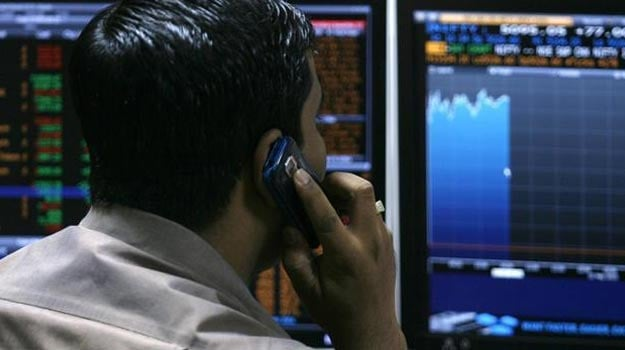 Sensex Gains for Fifth Day; Ends 283 Points Higher, RIL Surges 5%