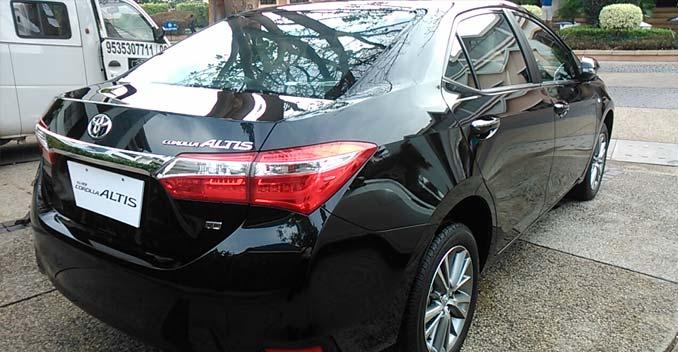 Toyota Corolla Altis Review