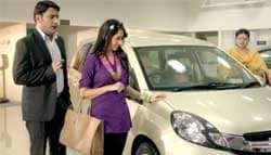 Kapil Sharma is the Salesman for Honda Mobilio