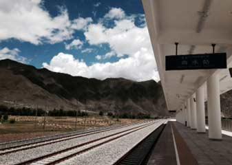 तिब्बत में एनडीटीवी इंडिया : पहाड़ों को चीर रास्ता कैसे बनता है ये कोई चीन से सीखे