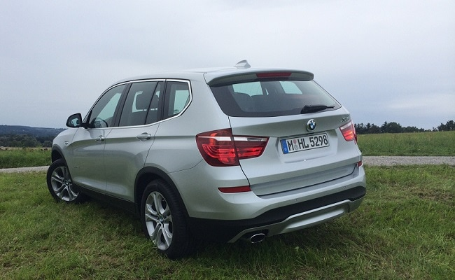 New 2014 BMW X3 rear-side profile