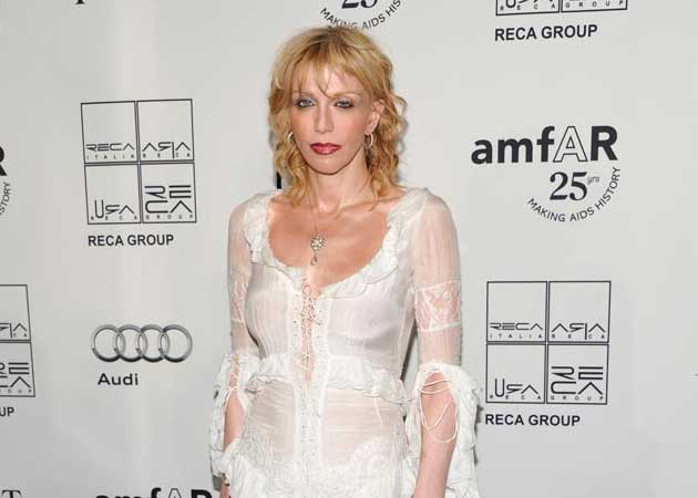 Courtney Love Says Her Memoir is a Disaster