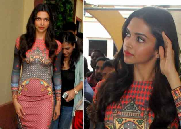 Deepika Padukone Should Consider it a Compliment: 'Defence' of Cleavage Tweet