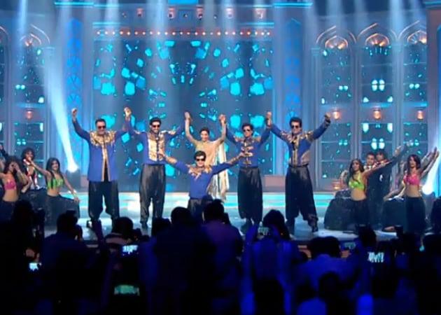 At Happy New Year's Music Launch, Shah Rukh Khan Names Deepika's Bodyguard