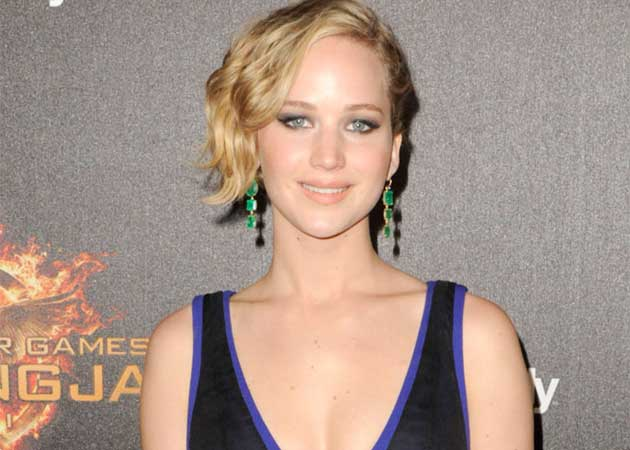 Jennifer Lawrence's Nude Photos Leak Being Investigated by FBI