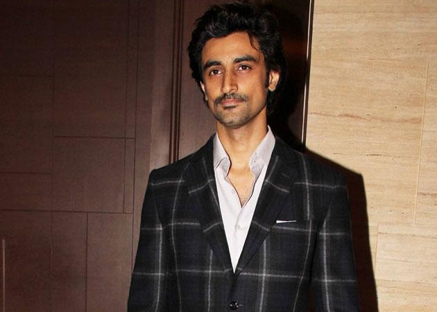 Kunal Kapoor on His New Role as Script Writer