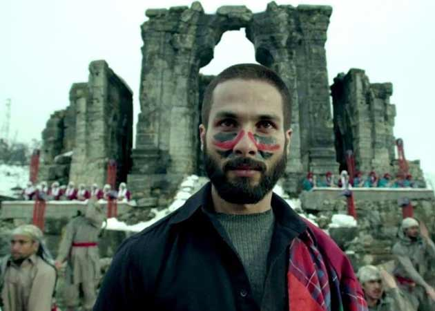To Be or Not To Be: Haider's Shahid Grapples With his Inner Demons