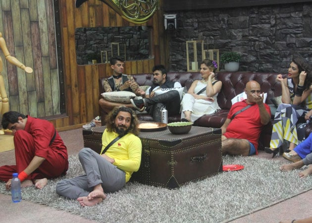 Bigg Boss 8: The Plot Thickens, Return of the Evicted
