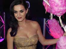Katy Perry's Love Letters To Be Auctioned