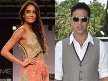 Lisa Haydon Watched Akshay Kumar's Films to Learn Hindi