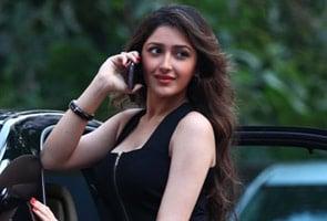सायरा बानो की नवासी करेंगी अजय देवगन की फिल्म से डेब्यू