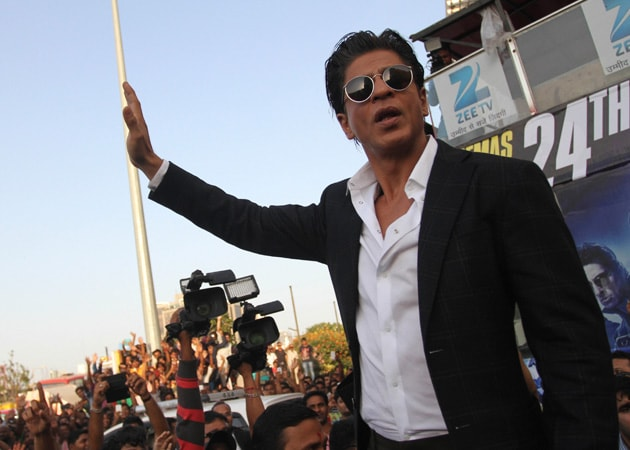 Shah Rukh Khan Says He Only Reads Funny Reviews