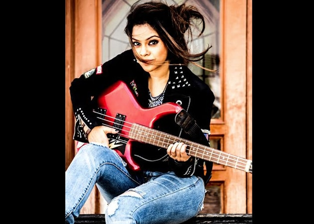 Sumona Chakravarti Turns Rockstar for TV Show