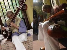 Amitabh Bachchan Plays the Sitar, or Pretends to, For <i>Piku</i>
