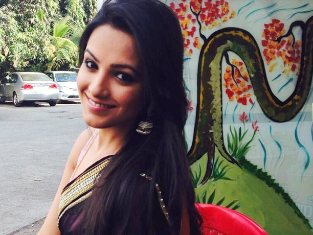 Anita Hassanandani Roped in For Salman Khan's Hero Remake